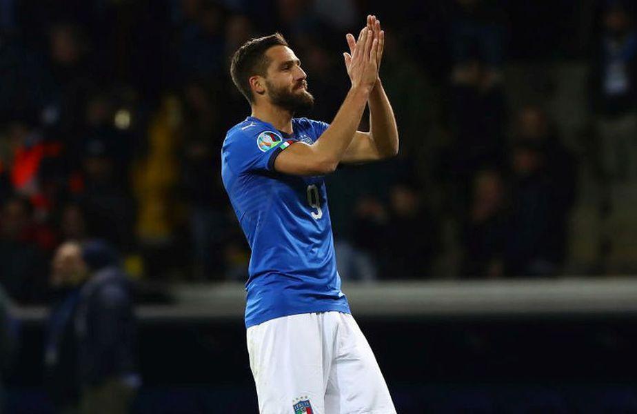Pavoletti a fost transferat de Cagliari cu 9,8 milioane de euro în iulie 2017 de la Napoli, care plătise doar cu 6 luni mai devreme 18 milioane Foto: Guliver/GettyImages