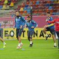 Vasile Mogoș (numărul 14) are un meci la echipa națională // FOTO: facebook.com/NationalaRomanieiOfficial/