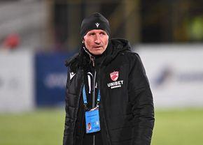 """""""Iese Ahmed, intră Bani!"""" » Momente jenante la Dinamo: jucătorii au râs de Gigi Mulțescu"""