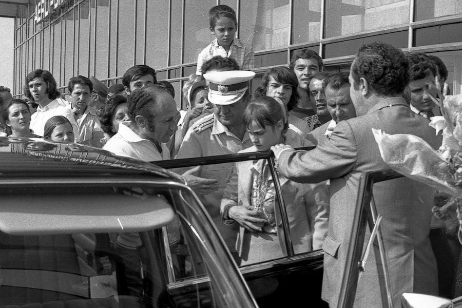 Imediat după Jocurile Olimpice din 1976, Miliția era mereu atentă la ce făcea și pe unde umbla Nadia FOTO Arhiva Gazeta Sporturilor