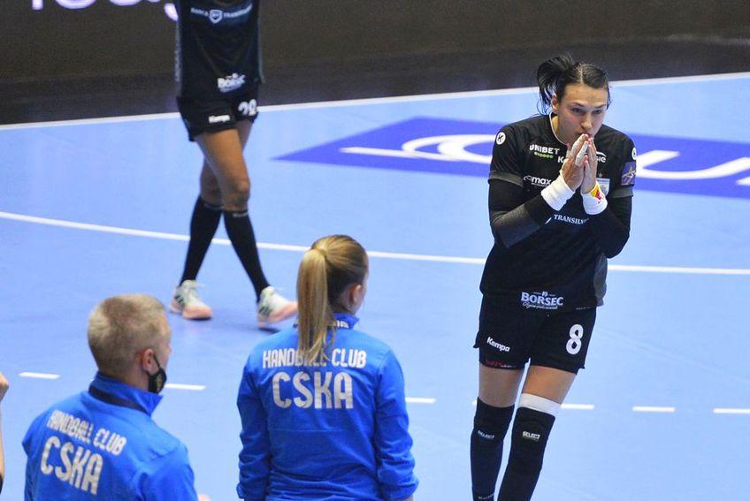 Fostul mare internațional Vasile Stângă crede că urmează un moment critic pentru echipă.