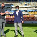 Nicușor Dan a oferit detalii despre noul gazon montat pe Arena Națională. Sursă foto: Facebook