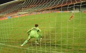 Aici s-a jucat totul! Moment crucial la penalty-uri: Mihaiu a ratat de două ori » De ce s-a repetat lovitura