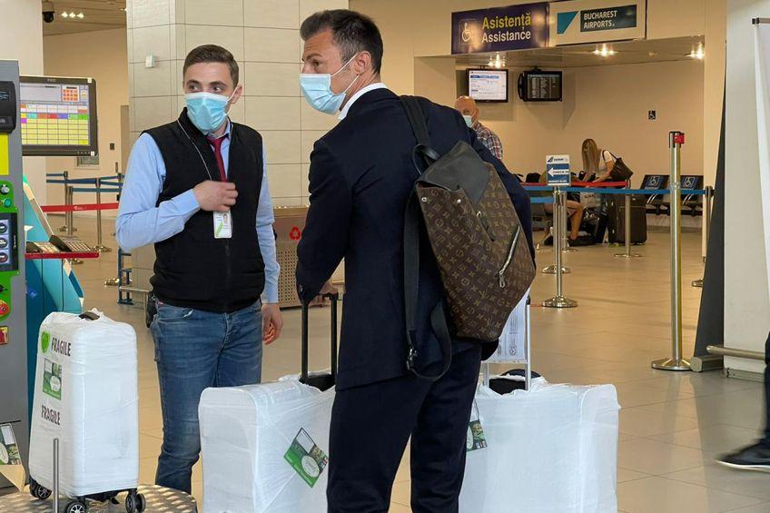 Ștefan Radu, la aeroport