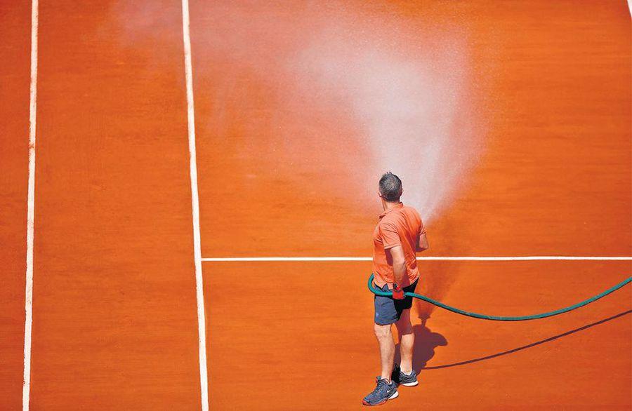 """Roland Garros, aristocratul din Orașul Luminilor » Cristian Geambașu: """"Democratizarea societății, un amestec subtil (parșiv?) între libertate și constrângere"""""""