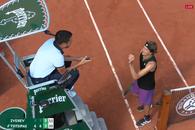 """Criză de nervi în prima semifinală de la Roland Garros: """"Decizia ta e o porcărie!"""""""