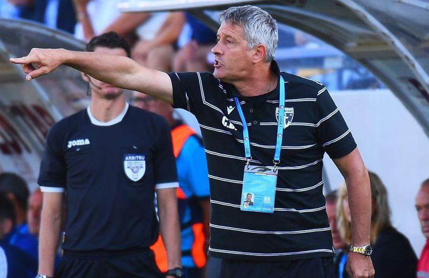 """Cristiano Bergodi, antrenorul Craiovei, spune că echipa lui va încerca să profite de punctele slabe ale celor de la FCSB: """"Băieții s-au pregătit bine fizic, tactic. Nu știu mental. Sunt emoții și trebuie gestionate pe teren""""."""