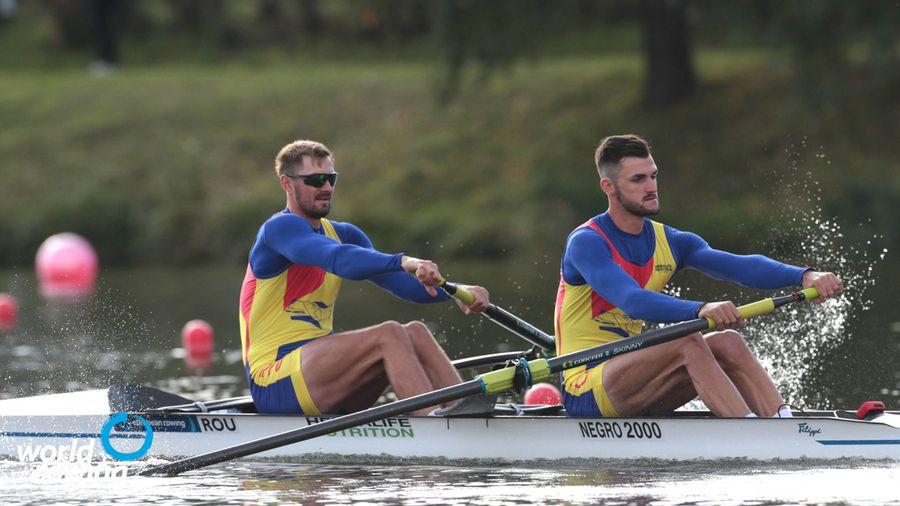 Marius Cozmiuc și Ciprian Tudosă în timpul cursei FOTO worldrowing