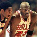 Kobe Bryant alături de Michael Jordan