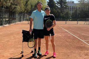 """Simona Halep, din nou pe teren! Antrenament alături de Darren Cahill: """"Bine ai revenit în cea mai frumoasă țară din lume!"""""""