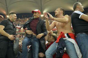 """Suporterii dinamoviști, după cele mai recente datorii: """"Să plătească jucătorii rata la ANAF, în loc să dea bani la lăutari"""" + Gestul lui Dănciulescu"""
