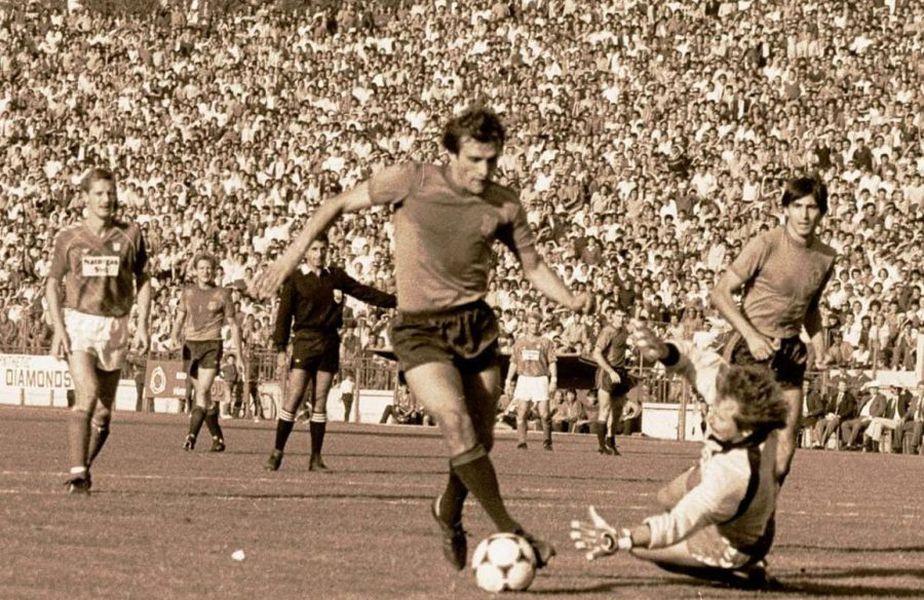 Steaua elimina pe Vejle, campioana Danemarcei, în primul tur al CCE 85-86, în timp ce Dinamo, cu Cernăianu antrenor, era eliminată de Vardar Skopje, în prima fază din Cupa UEFA