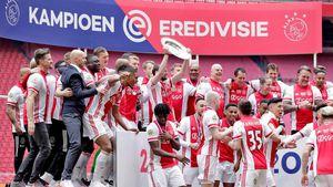 Ajax a câștigat titlul în Olanda și a distrus intenționat trofeul » Motivul + reacția federației