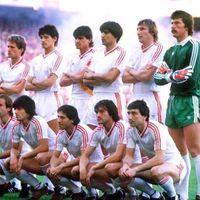 Interzis la Sevilla în 86
