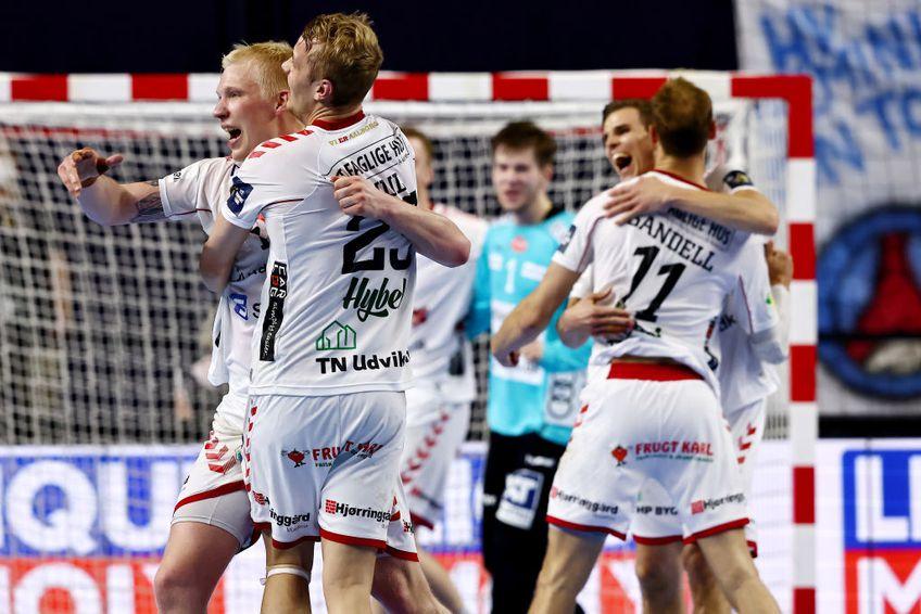 Danezii de la Aalborg s-au calificat în premieră în finala Ligii Campionilor la handbal masculin! Au trecut în semifinala Final Four-ului de la Koln de PSG, scor 35-33.