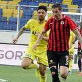 Bogdan Stancu (dreapta) a marcat 14 goluri în acest sezon pentru Genclerbirligi // foto: Facebook @ Genclerbirligi Spor Kulubu