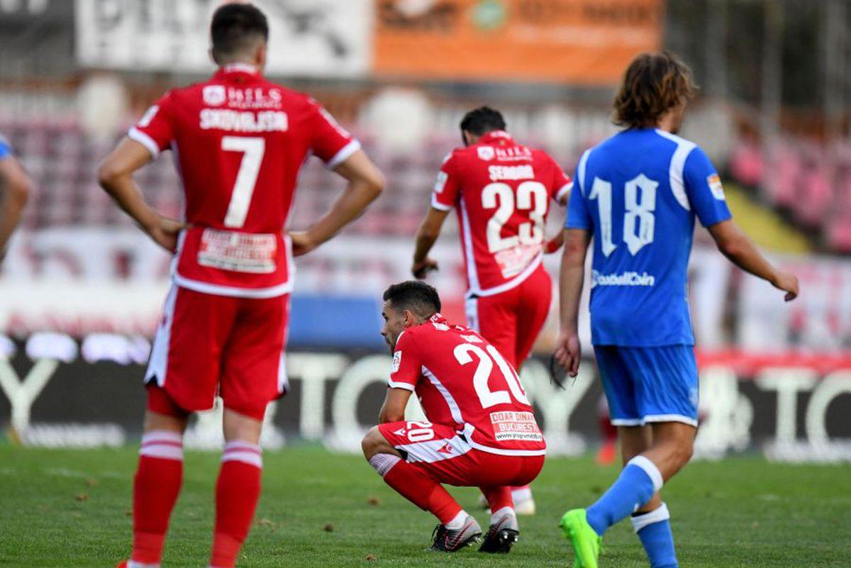 """DINAMO - POLI IAȘI. Dinamo se zbate la retrogradare, dar el păstrează un optimism ireal: """"Terminăm cel puțin în primele trei echipe!"""""""