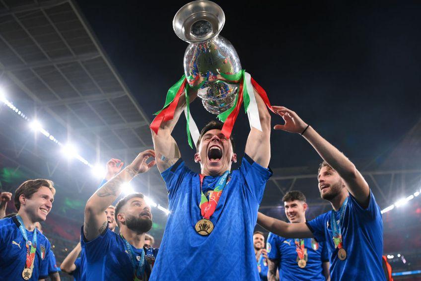 """Italianul Matteo Pessina (24 de ani), mijlocașul celor de la Atalanta, are o poveste de viață specială. A vrut să renunțe la fotbal în 2016, iar 5 ani mai târziu a contribuit la titlul european cucerit de """"Squadra Azzurra""""."""