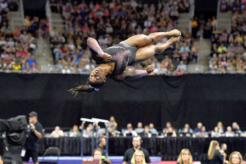 Simone Biles în acțiune