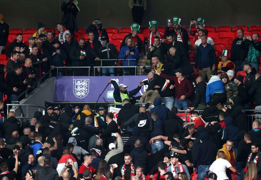 Incidente la Anglia - Ungaria. Fanii maghiari au făcut haos în tribunele Wembley, iar poliția britanică a intervenit în forță la meciul din preliminariile Campionatului Mondial.
