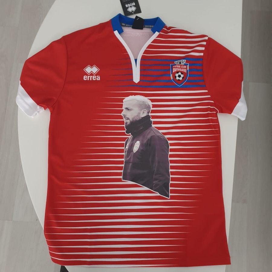 Tricoul personalizat făcut de FC Botoșani pentru fanii lui Al Mawas