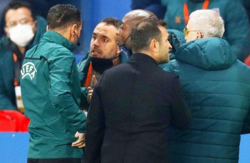 Nana Falemi (46 de ani), devenit cunoscut în fotbalul românesc după anii petrecuți la Steaua, a declarat că va discuta cu PierreWebo