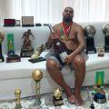 Adriano, alături de trofeele câștigate în carieră
