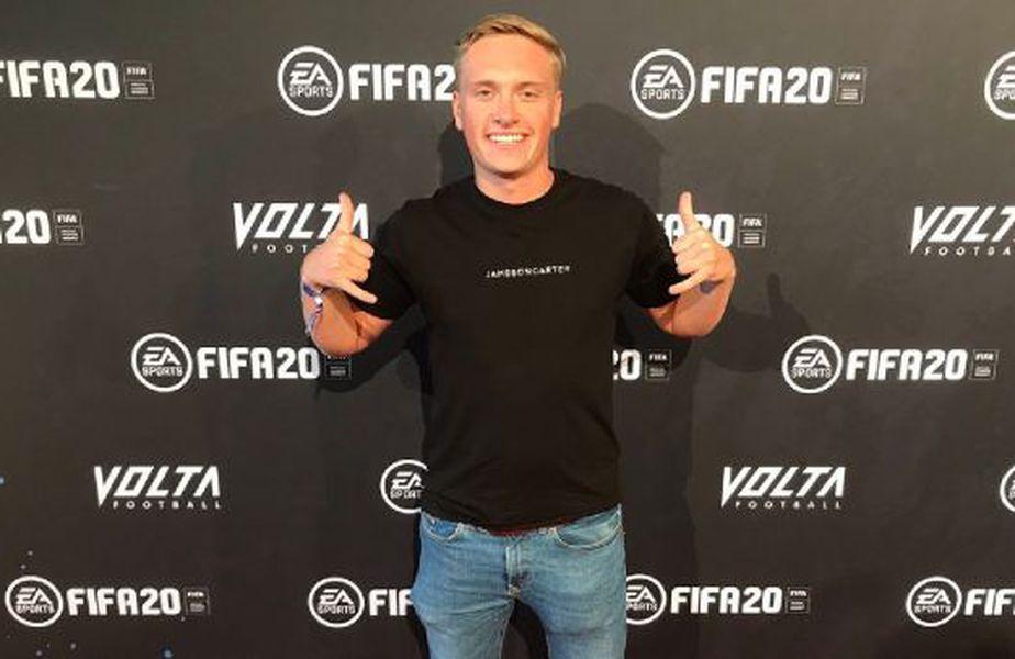Brandon Smith a intrat în Cartea Recordurilor, după ce a obținut 63 de succese jucând FIFA 20 neîntrerupt aproape o zi întreagă.