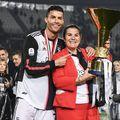 Cristiano Ronaldo alături de mama lui, Maria Dolores dos Santos Aveiro // foto: Imago