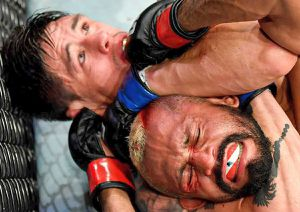 Spectacol în gala UFC 263! Adesanya și-a păstrat centura de campion + surpriză în meciul Moreno - Figueiredo