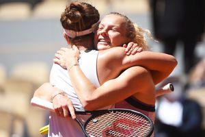 Perechea Barbora Krejcikova - Katerina Siniakova a câștigat Roland Garros! Săptămână de vis pentru Krejcikova