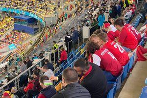 10 lucruri care nu s-au văzut la TV înainte de Austria - Macedonia de Nord » Am scăpat de bișnițari, stadionul s-a transformat