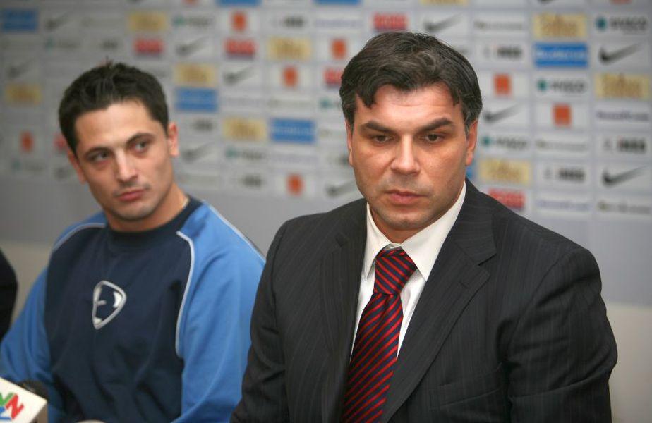 Cosmin Olăroiu și Mirel Rădoi, într-o imagine de arhivă