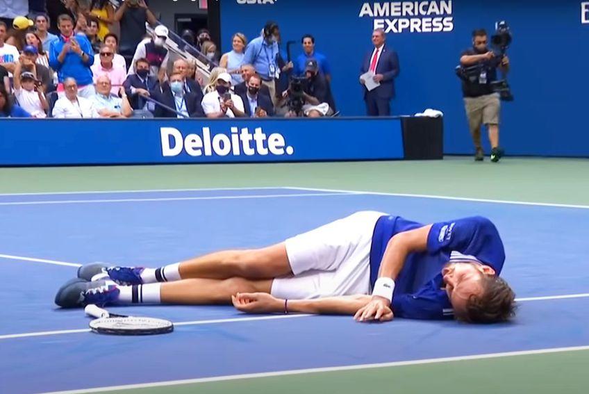 Daniil Medvedev (25 de ani, 2 ATP) l-a învins clar pe Novak Djokovic (34 de ani, 1 ATP), scor 6-4, 6-4, 6-4, în finala de la US Open 2021. Rusul a sărbătorit cu o mișcare din jocul FIFA.