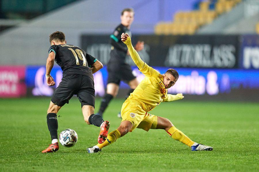 Lăudat de Marcel Răducanu, Răzvan Marin a fost împrumutat de Ajax la Cagliari