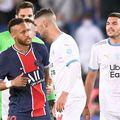 """Conflictul între Neymar și Álvaro González, exploziv la """"clasicul"""" din Ligue 1, în septembrie, a continuat după Supercupa cucerită de PSG, după 2-1 cu Marseille."""