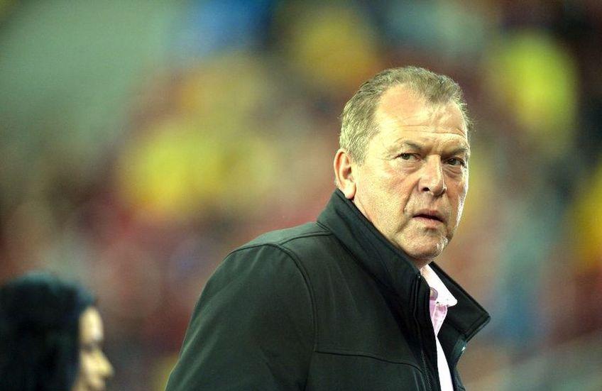 """Helmuth Duckadam (61 de ani) le transmite fotbaliștilor de la FCSB să își asume nereușitele și să nu mai caute """"scuze ieftine""""."""