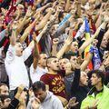 Klaus Iohannis a declarat că fanii pot reveni în tribune, începând cu acest week-end. Anunțul președintelui nu a fost urmat de instrucțiuni clare și a generat confuzie în fotbalul românesc.
