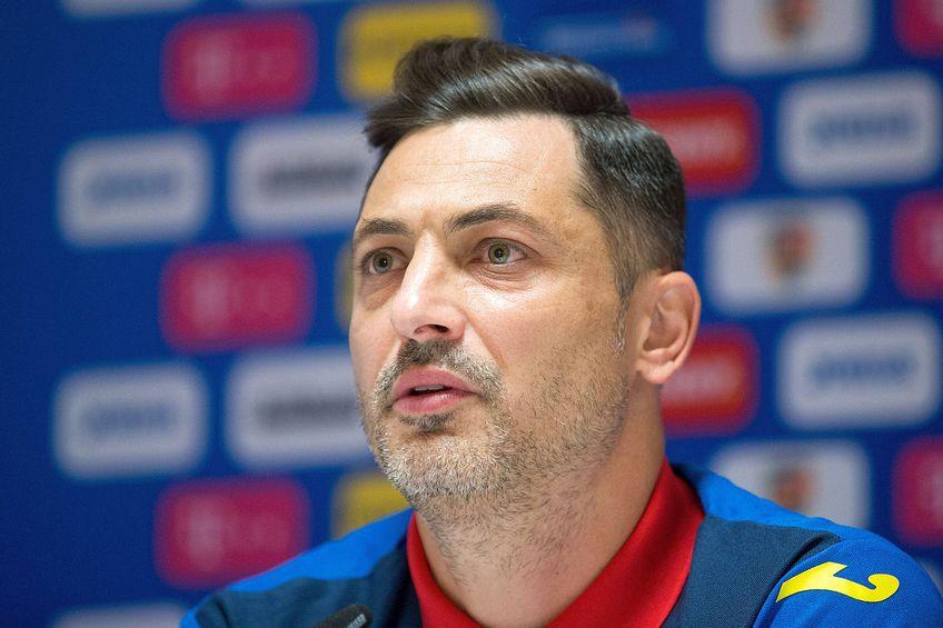 Selecționerul Mirel Rădoi (40 de ani) a anunțat lista preliminară a stranierilor convocați pentru meciurile amicale cu Georgia și Anglia.