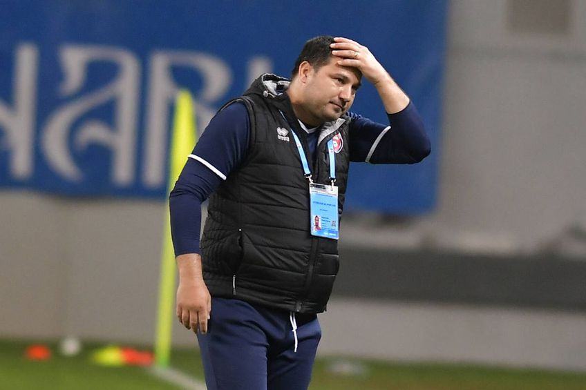 Academica Clinceni a câștigat thriller-ul cu FC Botoșani, scor 4-3, în primul meci al etapei #8 din play-off-ul Ligii 1. Marius Croitoru, antrenorul moldovenilor, și-a făcut praf jucătorii la final.