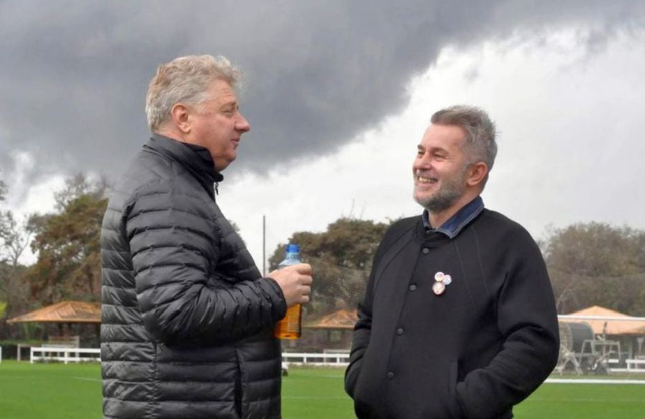 Ioan Mărginean (stânga), alături de Valentin Iordănescu // foto: Facebook @ Suporteri Gaz Metan Mediaș