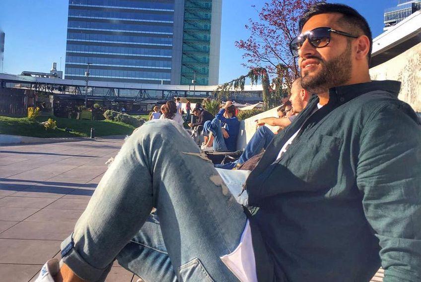 Iranianul Alireza Mousavi (31 de ani), handbalist la Dinamo, se simte deja ca un român. Trăiește de 6 ani în București și descrie cu sinceritate viața în Capitală.