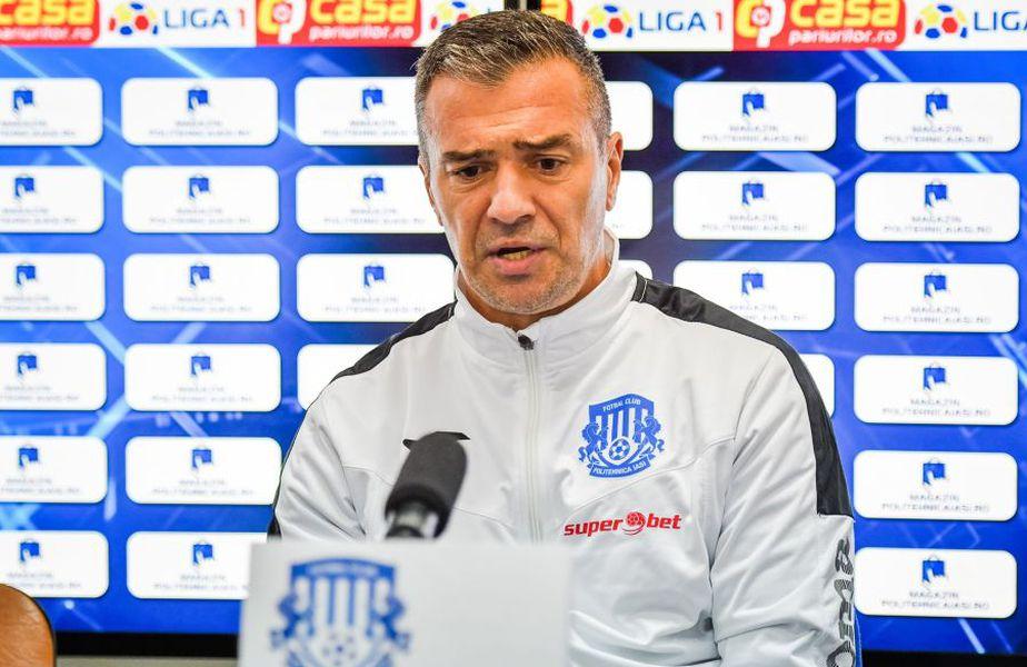 Daniel Pancu, 43 de ani, antrenorul lui Poli Iași, a comentat astăzi, din nou, incidentul în care a fost implicat Sebastian Colțescu în Liga Campionilor.