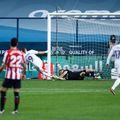 Karim Benzema a redus diferența, dar al doilea său gol a fost anulat de VAR pentru ofsaid