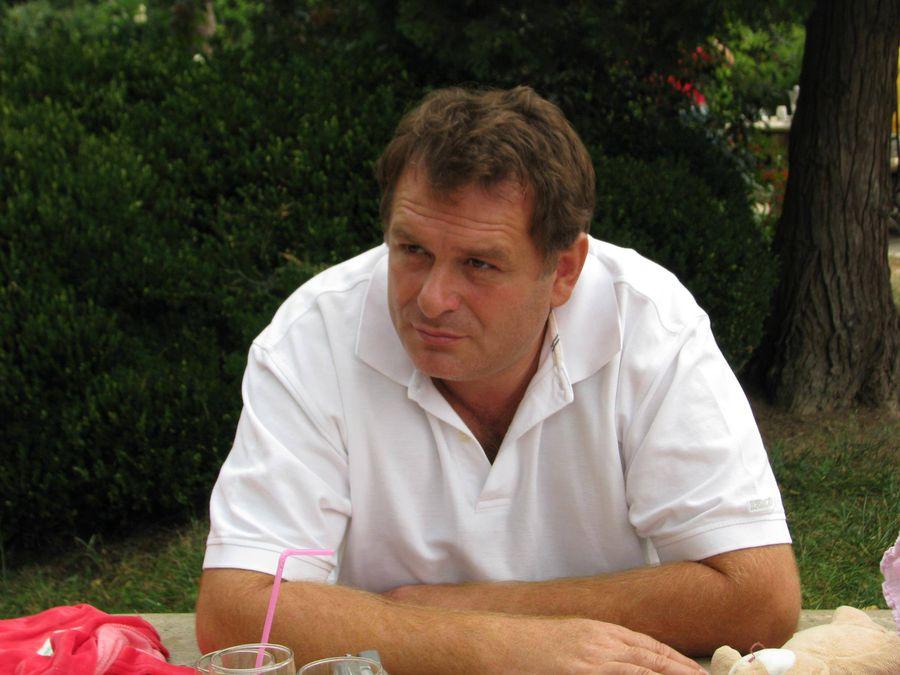 Alexandru Bălgrădean îl contestă pe Gușă și-l susține pe George Teșeleanu