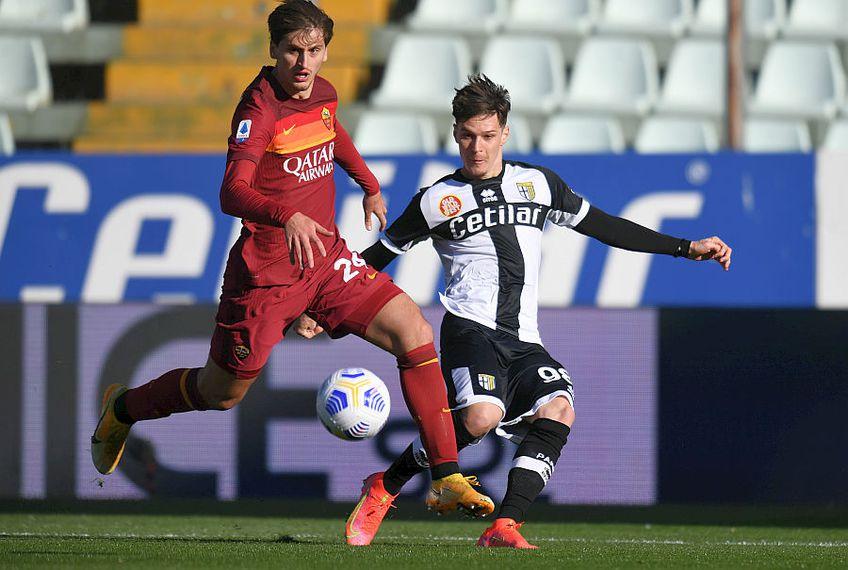 Dennis Man a dat o pasă de gol în Parma - Roma // FOTO: Guliver/GettyImages