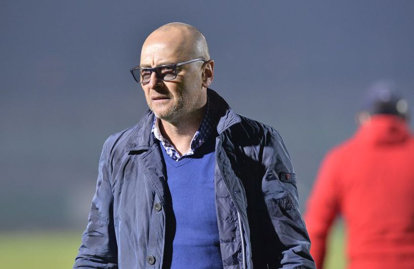 Leo Grozavu (53 de ani) încă nu a declanșat sărbătoarea, după victoria obținută de Sepsi pe terenul lui FC Botoșani, scor 2-1.