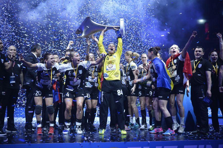 Mayssa Pessoa a câștigat Liga Campionilor cu CSM în 2016 FOTO Marius Ionescu