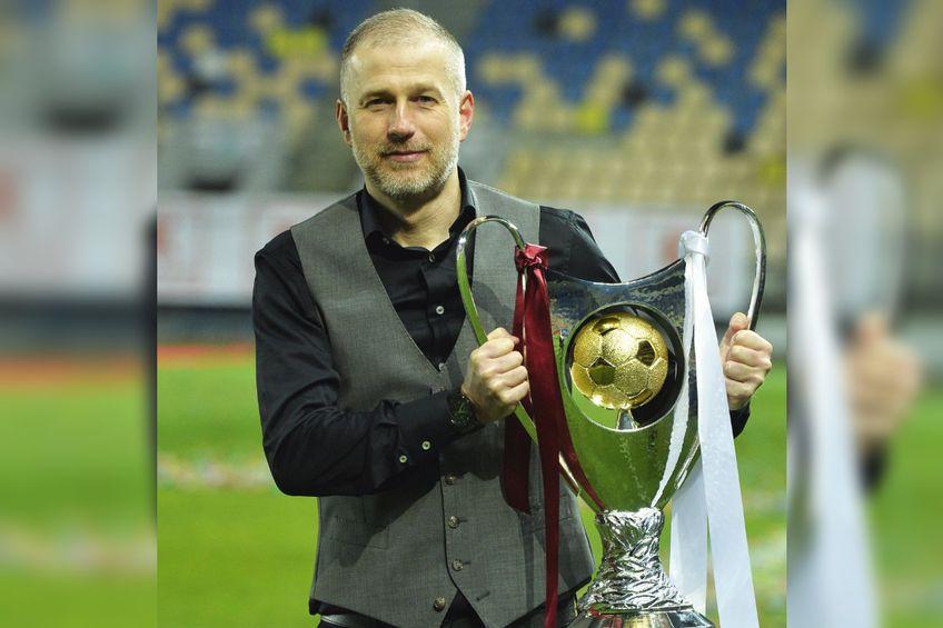 Edi Iordănescu (42 de ani), antrenorul de la CFR Cluj