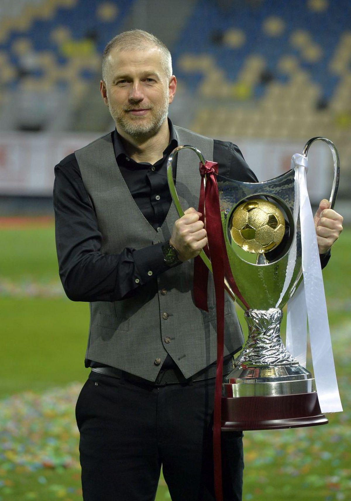 """FCSB, ironizată după înfrângerea din Supercupa României: """"Au făcut repetiție pentru meciul de baraj cu CSA Steaua"""""""